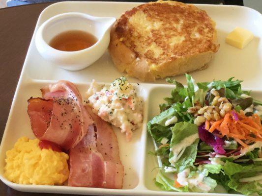 函館 Marusen フレンチトーストプレート 朝食